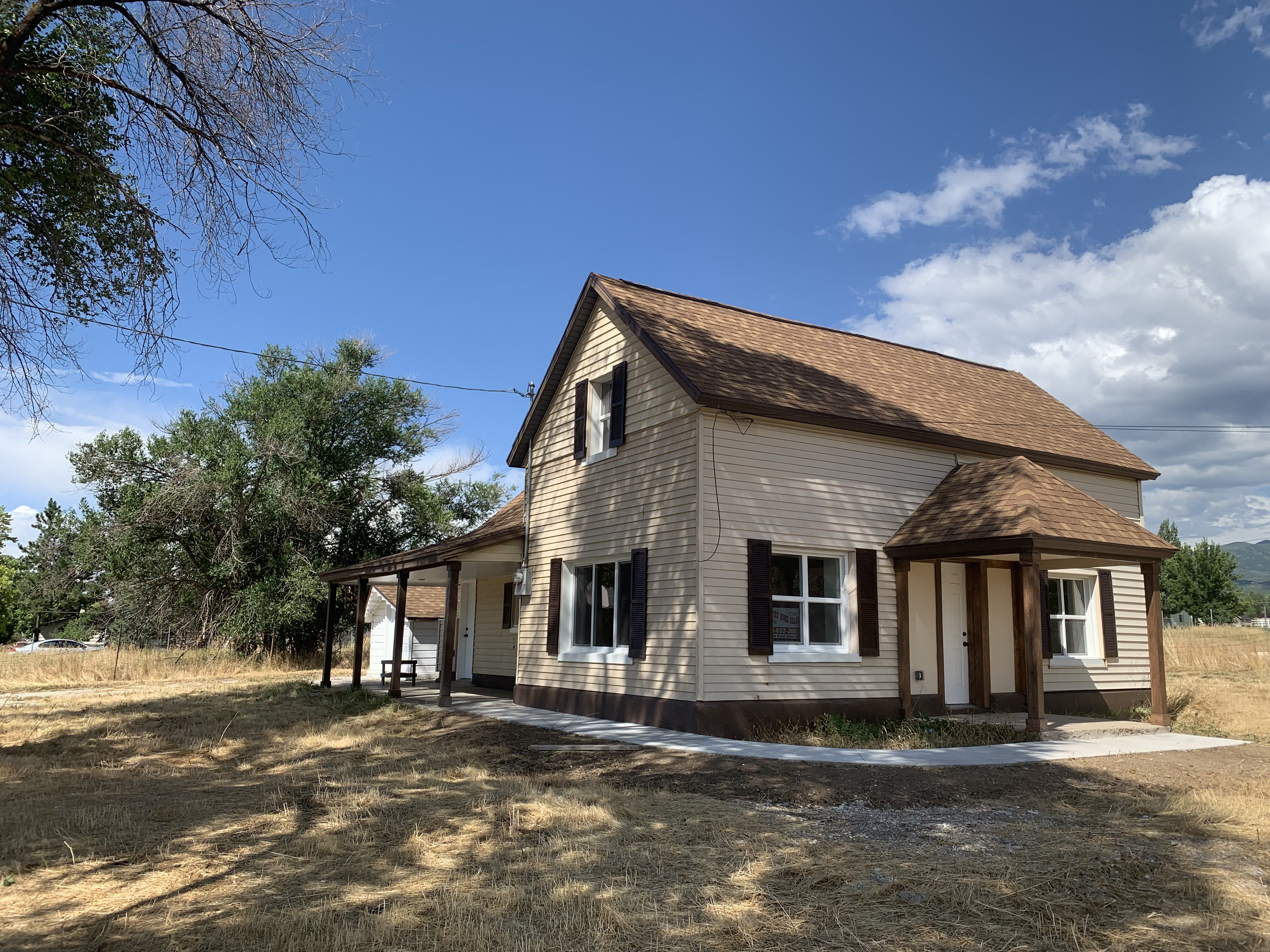 Old home charm, new home feel. 3 bed, 3 bath, all new inside. 315 E 300 S. Mt Pleasant.